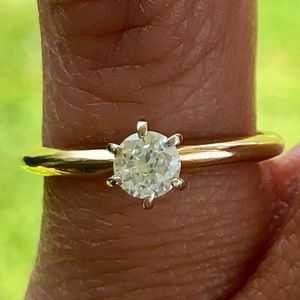 Jewelry - 14k Gold Diamond Solitaire Engagement Ring